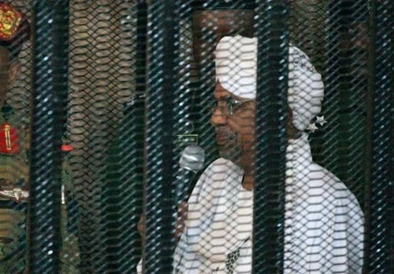 سودان، صدور حکم بازداشت و منع سفر برای البشیر و عوامل کودتای 1989